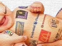 """As armadilhas do consumo em """"fatias"""": crianças e mídia"""