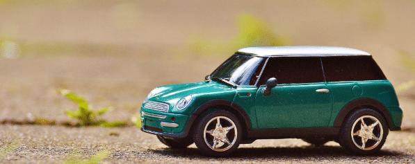carro verde mini, comprar carro, alugar carro, carro por assinatura