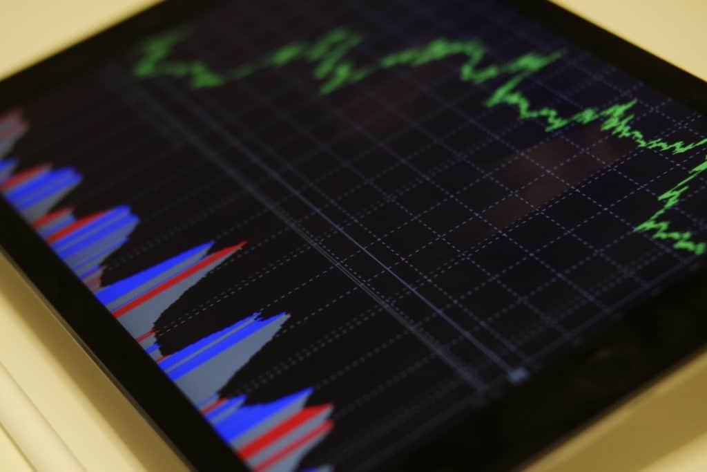 como escolher investimentos seguros ações
